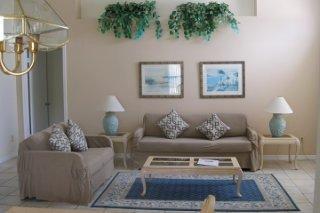 Sunshine Villas Living room